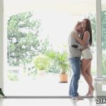 Brunette Vanda Lust has a very erotic afternoon with her partner